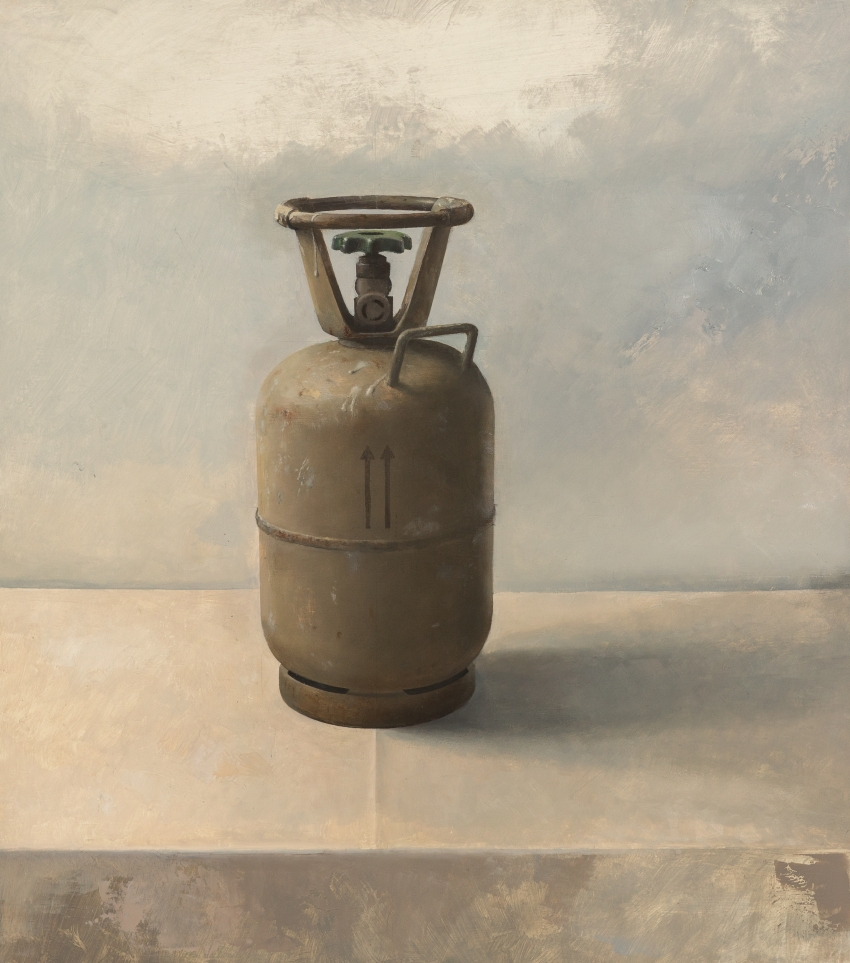 09/17 Still-life with Gas Bottle 430 x 380 Oil on board 2017